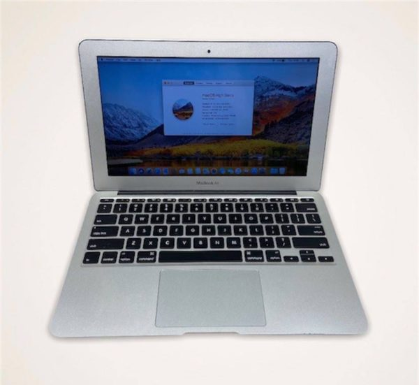 """MacBook Air 11"""" 2010 1"""